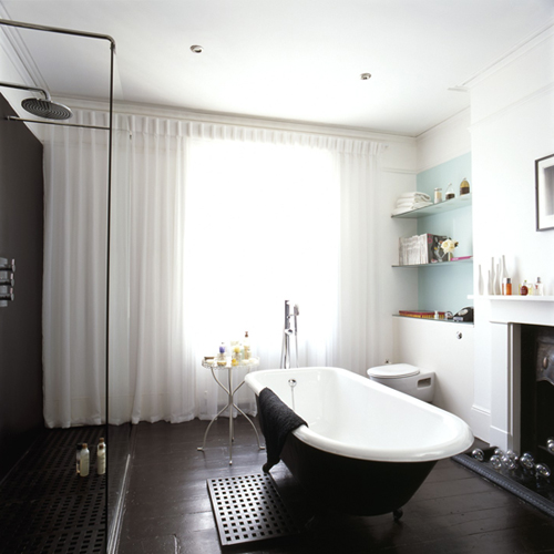 livingetc-bath-in-middle-free-standing-shower