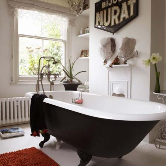 livingetc-freestanding-bath1