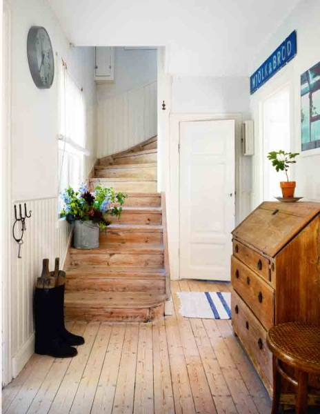 Swedish Cottage Style Alluring With Natural Wood Floors Photos